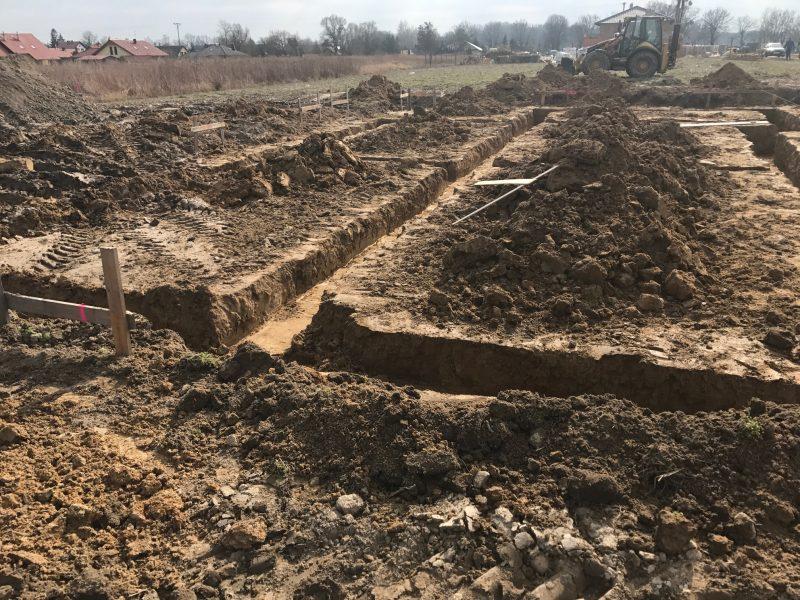wykopy pod fundamenty Wrocław Trzebnica